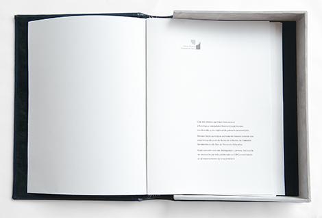 Interior do libro de ouro para o COPG, por Uqui.net