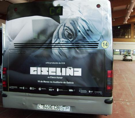 Rotulación autobús para Giseliña  (uqui)