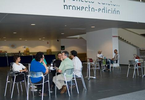Rotulación da cafetería da exposición de Proxecto-Edición (uqui)
