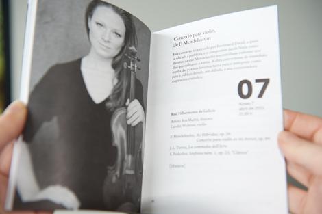 Detalle do programa de 2011 da Real Filharmonía de Galicia (uqui)