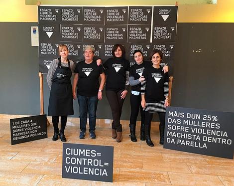 En negro contra a violencia Uqui.net