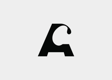 Logotipo Xunta Consultiva de Contratación Administrativa (uqui)